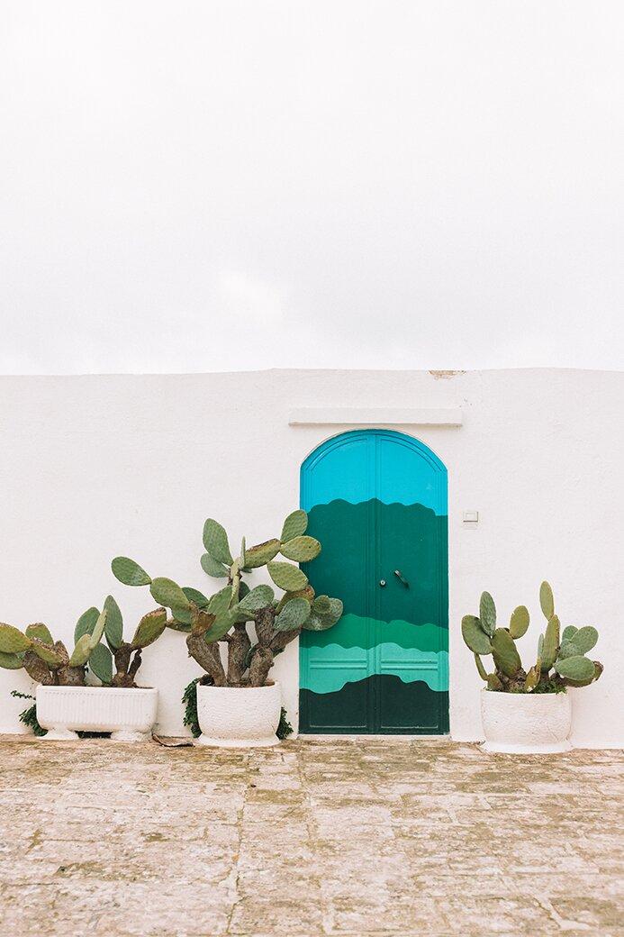 Ostuni| Subiektywny przewodnik |Labirynt białych uliczek i kaktusy